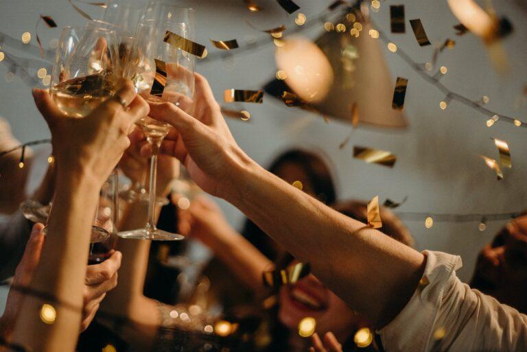 Pomysły na firmowe imprezy integracyjne, które na długo zapadną w pamięci pracowników