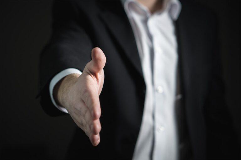 Jak powinna wyglądać umowa na organizację eventu firmowego?