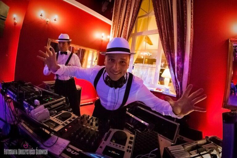 Zespół czy DJ na wesele???