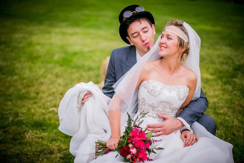 ślub w ogrodzie steam punk