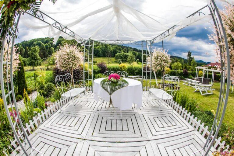 Wszystko, co musisz wiedzieć o ślubach w plenerze