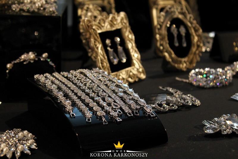ślubne dodatki biżuteria
