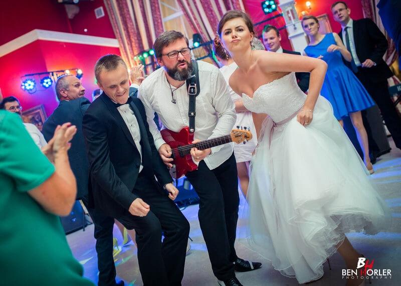 Umowa z zespolem weselnym