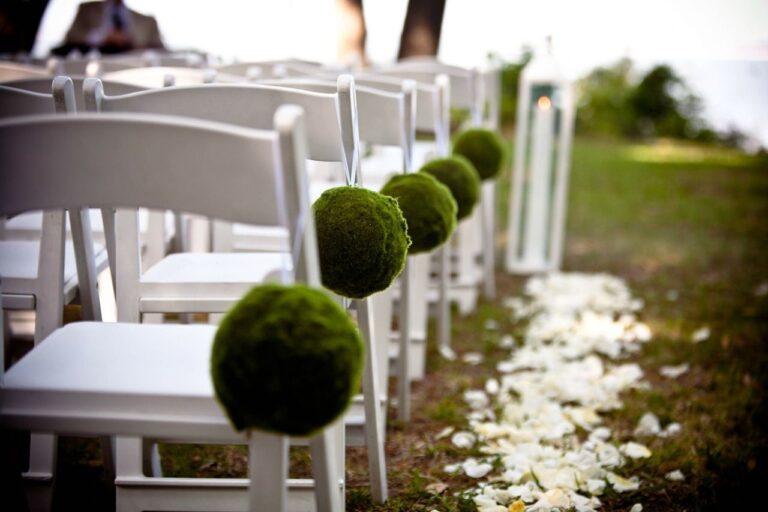 Jak usadzić gości na weselu, żeby każdy był zadowolony?