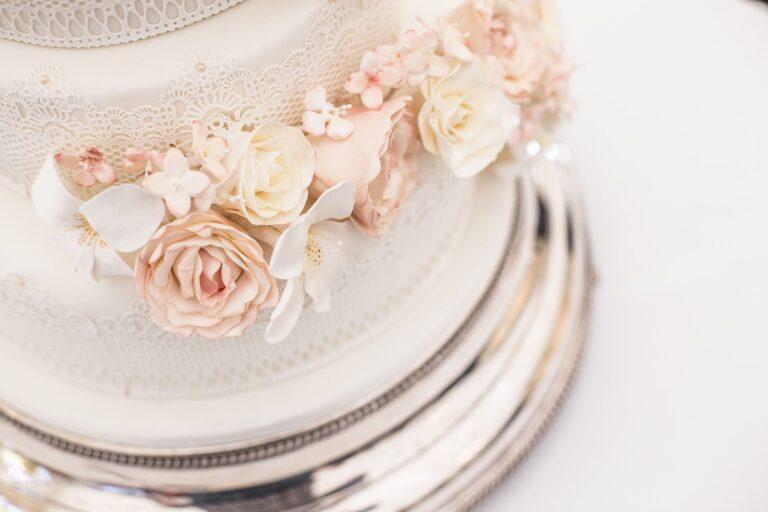 Jak urządzić romantyczne, pastelowe wesele?