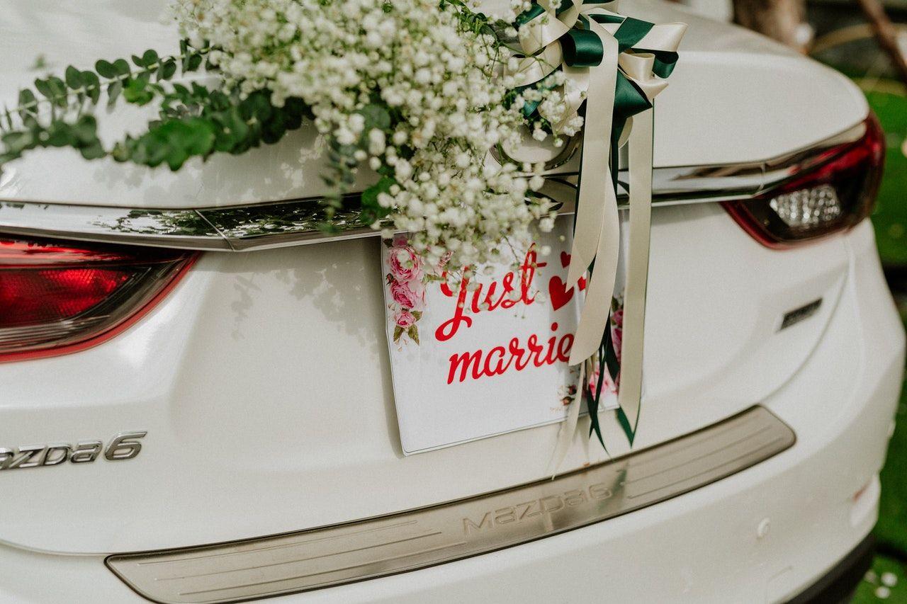 Komu przysługuje urlop na wesele?