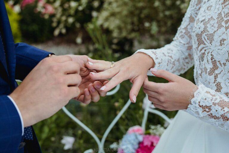 Symbole ślubne – jakie jest ich znaczenie i skąd się wzięły?